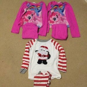 3 pair girls sz 6 pajamas.  My little pony, Santa